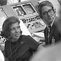 Người phụ nữ duy nhất trong phòng điều khiển phóng tàu Apollo 11