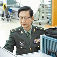 Nhà khoa học Trung Quốc hứng luồng điện 71.000 volt để nghiên cứu