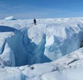 Nhiệt độ ấm lên làm thay đổi bộ mặt của Greenland