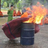 Những cách chữa cháy xăng dầu nhanh gọn, hiệu quả