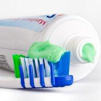 Những chuyện chưa biết về bàn chải và kem đánh răng