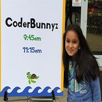 Nữ coder... 10 tuổi này thành công quá, cả Google lẫn Microsoft đều muốn mời về làm việc