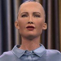 Nữ robot được cấp quyền công dân kêu gọi quyền lợi cho phụ nữ