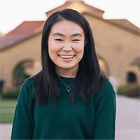 Nữ sinh 19 tuổi dùng trí tuệ nhân tạo để dọn rác trên vũ trụ bao la