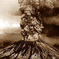 Núi lửa lớn nhất châu Âu đang trượt dần ra biển