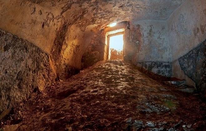 Phát hiện bồn tắm nghi lễ 2.000 năm đầy bí ẩn ở Israel