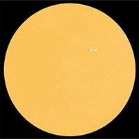 Phát hiện cầu ánh sáng dài 8.000km trên Mặt trời