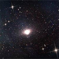 Phát hiện chuẩn tinh bí ẩn trong vũ trụ non trẻ