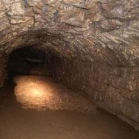 Phát hiện đường hầm bí mật 900 năm tuổi