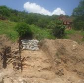 Phát hiện hai bức tường cổ dưới lòng đất tại Bình Thuận