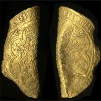 Phát hiện hai đồng tiền vàng cổ trị giá tới 16.700 USD