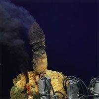 Phát hiện hàng trăm dạng sống chưa từng thấy sống trong ngọn núi lửa