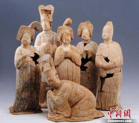 Phát hiện ngôi mộ cổ 1.200 năm tuổi ở Trung Quốc