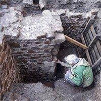 Phát hiện ngôi nhà 600 năm tuổi dưới lòng đất
