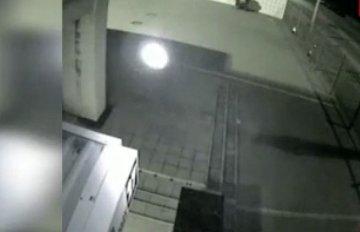 Phát hiện vật thể bay bí ẩn gần giáo đường Do Thái ở Ukraine