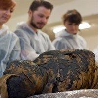 Phát hiện xác ướp có thai đầu tiên trên thế giới