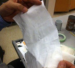 Phát minh ra một loại vải diệt khuẩn khi phơi nắng