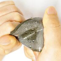 Phát triển thiết bị sản xuất điện từ chuyển động cơ thể