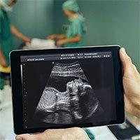 Phẫu thuật nứt đốt sống cho thai nhi trong bụng mẹ