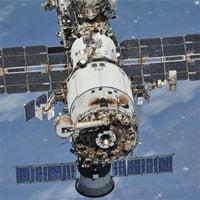 Phi hành đoàn Nga phát hiện vết nứt mới trên module của ISS