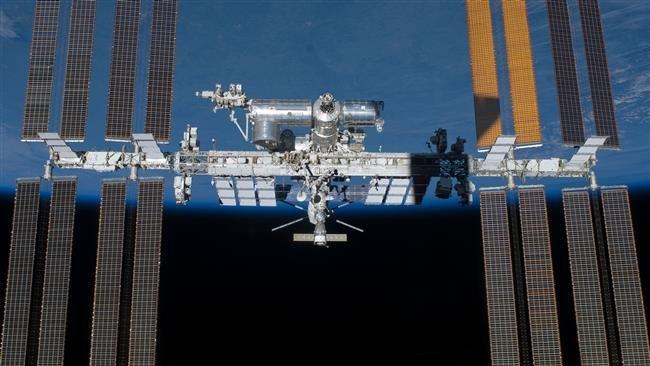Phi hành đoàn trên trạm ISS sơ tán tránh mảnh vỡ vệ tinh Nga