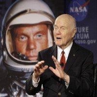 Phi hành gia người Mỹ đầu tiên bay quanh Trái Đất qua đời