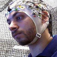 Quân đội Mỹ sắp ứng dụng công nghệ sóng não điều khiển robot