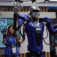 Robot 5G lặn thăm dò sự cố, giúp hệ thống đê điều an toàn hơn