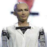 Robot công dân Sophia tuyên bố muốn lập gia đình và có con