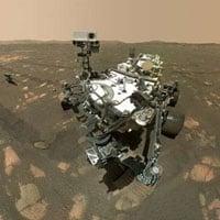 Robot NASA 'tự sướng' trên sao Hỏa như thế nào?