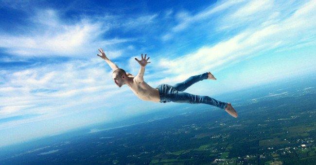 Rơi từ độ cao 5000 mét có khả năng sống sót?