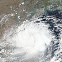Siêu bão khổng lồ đe dọa 100 triệu người Ấn Độ