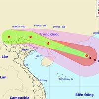 Siêu bão Mangkhut hạ 2 cấp sau khi càn quét Philippines, tiến nhanh hơn vào biển Đông