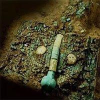 Siêu cấp bảo vật quốc gia màu ngọc lam 3700 tuổi tiết lộ bí ẩn người xưa thực sự có