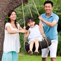 Sinh con giúp tăng thêm 2 năm tuổi thọ cho cha mẹ