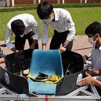 Sinh viên Campuchia biến hoá ghế ngồi học thành thiết bị bay tiện lợi
