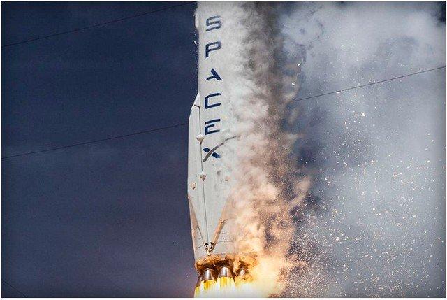 SpaceX công bố nguyên nhân khiến tên lửa Falcon 9 phát nổ