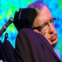 Stephen Hawking cảnh báo con người phải rời Trái Đất trong 100 năm tới