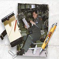 Sự thực đằng sau chuyện NASA tốn tiền nghiên cứu bút viết trên vũ trụ