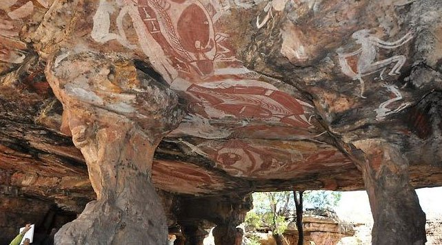 Tác phẩm nghệ thuật trên đá lâu đời nhất ở Úc