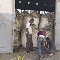 Tại sao amoni nitrat lại phát nổ tại cảng Beirut?