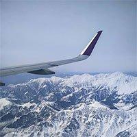 Tại sao các máy bay dân dụng hiếm khi bay qua dãy Himalaya?