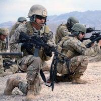 Tại sao lực lượng đặc biệt ít khi dùng mũ sắt quân sự?