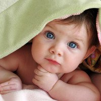 Tại sao mắt người lại có nhiều màu khác nhau?