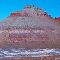 Tại sao một số loại đá trên Trái đất lại có màu đỏ?