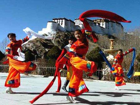 Tại sao người Tây Tạng sống được trên mái nhà thế giới?