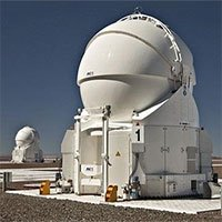 Tại sao phòng quan trắc thiên văn thường có mái tròn?