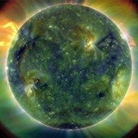 Tại sao vành đai bên ngoài mặt trời lại nóng hơn nhiều lõi bên trong?
