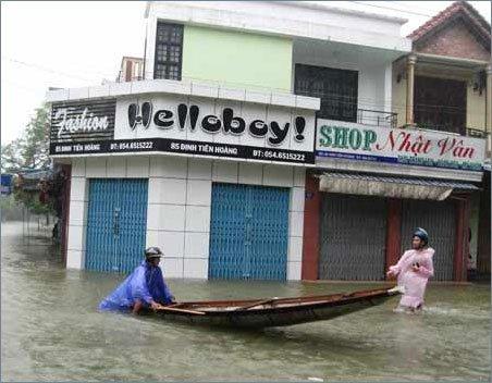 Tâm bão vào Quảng Nam, Đà Nẵng