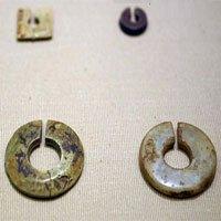Tận mục trang sức của phụ nữ Việt 3.000 năm trước